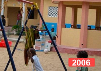 Material escolar para centro infantil en Benín