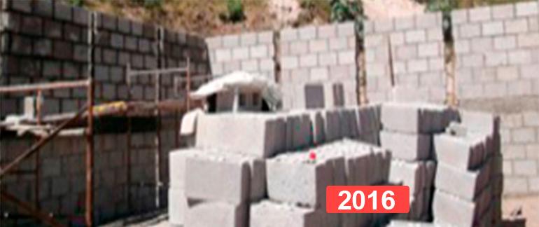 Proyecto solidario de construcción de viviendas en Guatemala. 2016