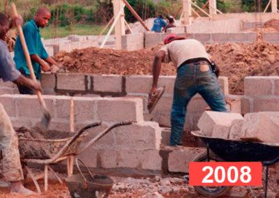 Construcción de escuela en Kahankro, Costa de Marfil 2008