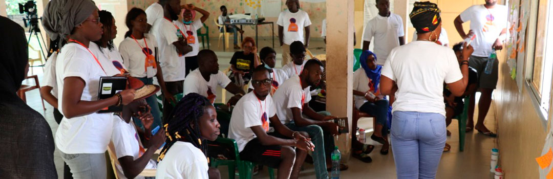 jóvenes en casa de acogida en Diourbel, Senegal