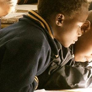 Apoyo a la escuela infantil de primaria Rafía en Bangassou
