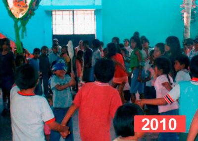 Lucha contra la desnutrición infantil. Niños en extrema pobreza en Perú, 2010